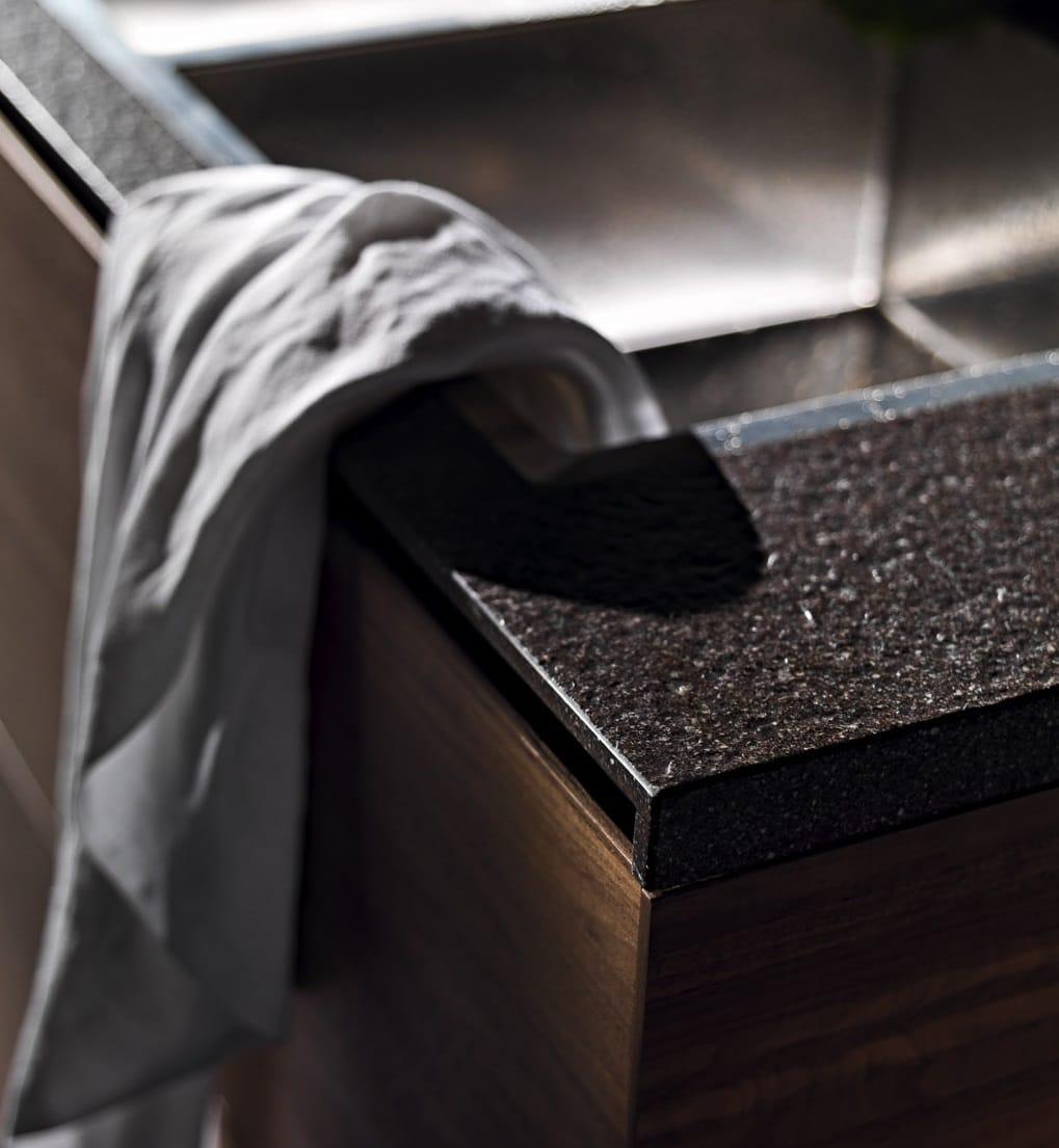 Welches Material eignet sich für Küchenfronten und Arbeitsplatten?