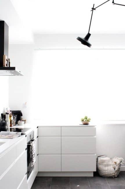 Auch Hier Zeigt Sich: Klein, Aber Fein. In Jedes Haus Passt Eine Wunderbare  Küchenform Hinein. Küche: Gesehen Bei Myscandinavianhome.com