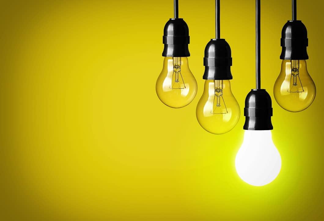 Glühlampe, Glühbirne, leuchtend, shutterstock_130900220