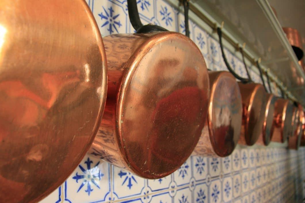 Küchenwand Mosaik Fliesen Küchentöpfe