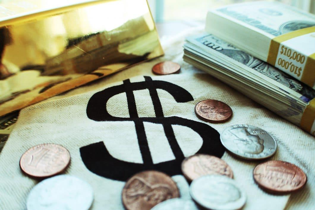 Geld, Budget, Küchenkauf