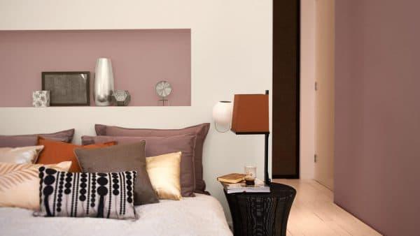 Möglichst neutral will dieser erdige Farbton bleiben. Immerhin kann man auch ihn auf Schränken, Wänden und Kissen platzieren, ohne den Raum langweilig erscheinen zu lassen. (Foto: dulux.ie)
