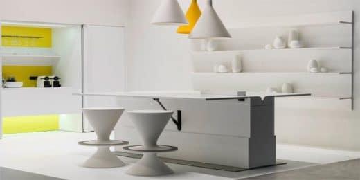 """Der US-amerikanische Künstler und """"Popstar der Designwelt"""" Karim Rashid schuf mit Corian diese ungewöhnliche, hochwertige Küche im Pop Art-Stil für rational. (Küche: """"floo"""", Karim Rashid, rational)"""