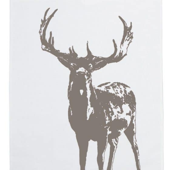 Ein Hirsch darf weder bei der Wiesn noch bei Ihrer Küchen-Herbstdeko zuhause fehlen. Um den Artenschutz des echten Tieres zu erhalten, greifen Sie aber besser zu diesem edlen Geschirrtuch von Frohstoff! Foto: Frohstoff)