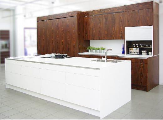 elektrische schiebet ren bei eggersmann k chendesignmagazin lassen sie sich inspirieren. Black Bedroom Furniture Sets. Home Design Ideas