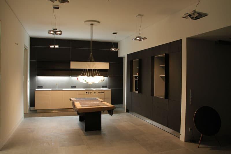 bulthaup-b3_laminat-greige_eiche-schwarzbraun - KüchenDesignMagazin ...