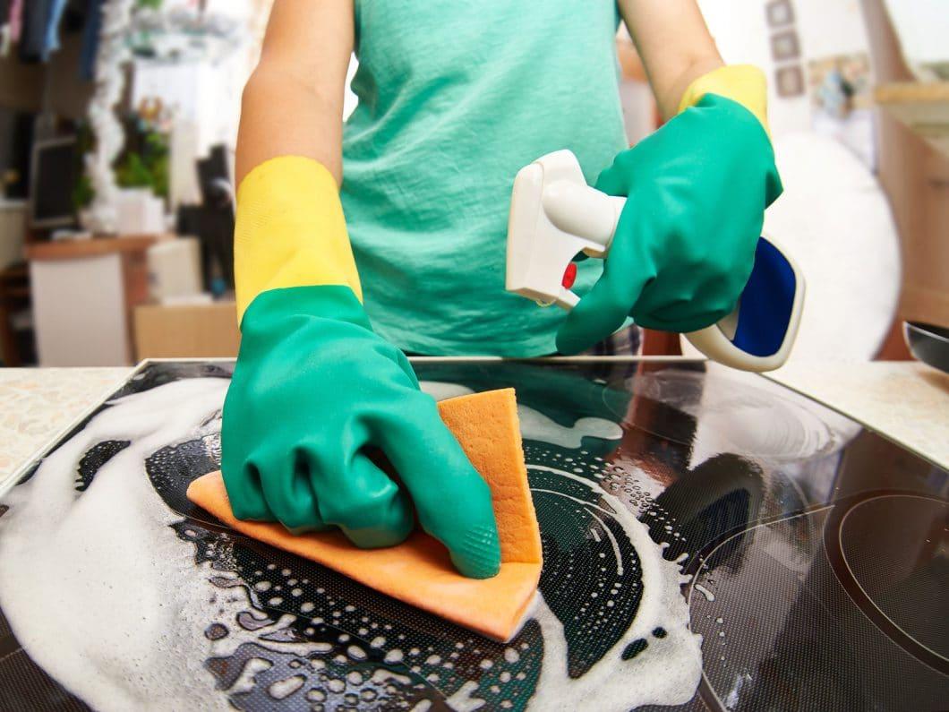 hochglanz oder matte fronten: was ist leichter zu reinigen