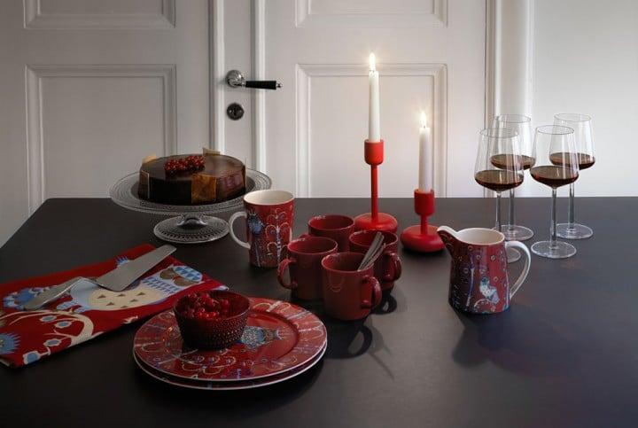 Für gemütliche Adventsfrühstücke und heimelige Kaffeestunden. (Foto: iittala)
