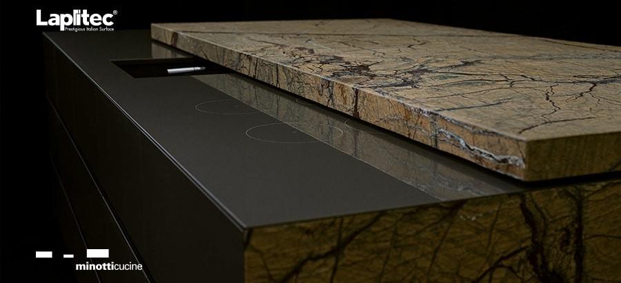 Zwei Steine, eine Arbeitsplatte: Die Kooperation zwischen Minotti Cucine und Lapitec ist erfolgreich und majestätisch. (Foto: Lapitec)