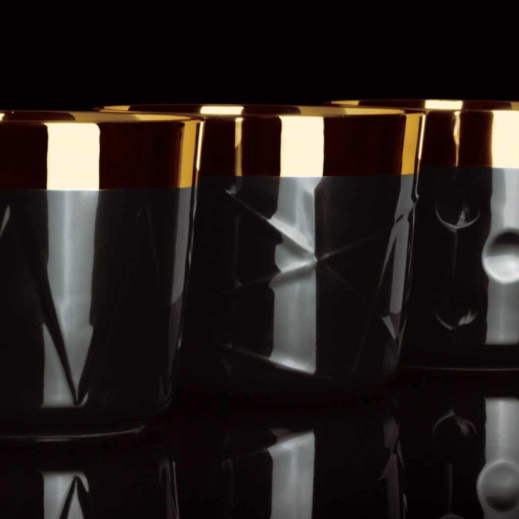 Zwischen 119€ und 213€ pro Stück kosten die exklusiven Champagnerbecher SIP OF GOLD. Das exklusive Design und die aufwändige Handarbeit rechtfertigen den luxuriösen Anschaffungspreis. (Foto: SIEGER by FÜRSTENBERG)