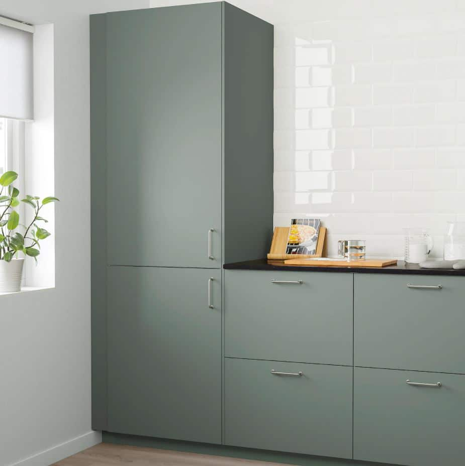 Moderne Optik, simple Küche: wer eine einfache, günstige, funktionale Küche sucht, ist bei IKEA gut aufgehoben. (Foto: IKEA)