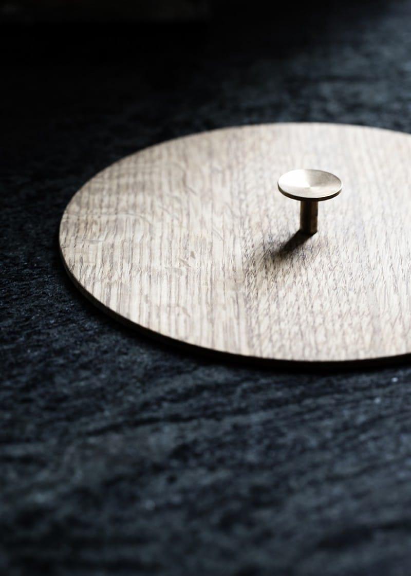 Jedes Detail trägt Holz als Bestandteil - das Markenzeichen der Kopenhagener Jungs. (Foto: Line Thit Klein)