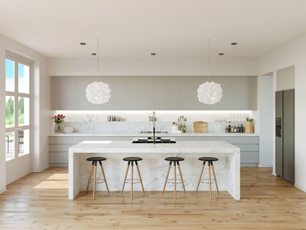 Diese hellgraue Küche kommt durch ihren nur leichten grauen Akzent und der Kücheninsel aus weißem Marmor sehr lichtdurchflutet und filigran daher. (Visualizer: Ihor Bednarchyk)