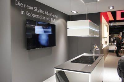 Auf der diesjährigen küchenwohntrends in Salzburg stellte berbel die Skyline Edge Sound erstmalig vor - zu kaufen ist sie ab Juli 2017. (Foto: Scheffer)
