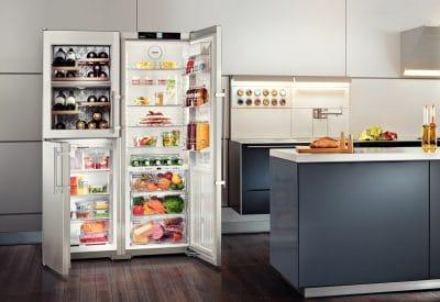 Das Power Cooling System von Liebherr sorgt für eine gleichmäßige Kühlschranktemperatur - und mit dem SteelDesign für einen Hingucker in der Küche. (Foto: Liebherr)