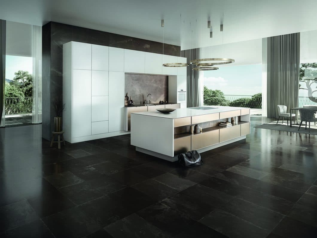 <p><strong>DIE SIEMATIC-STILWELT PURE</strong></p>