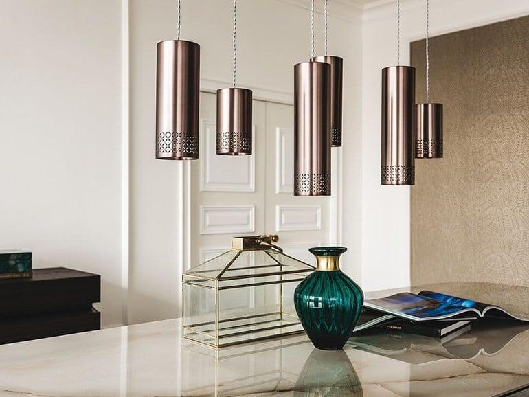Elegante Leuchten, bunte Vasen, stylishe Accessoires: Auch damit lässt sich ein Küchenraum nachhaltig verändern und erneuern. (Hersteller: Cattelan Italia, Design: Studio Kronos)