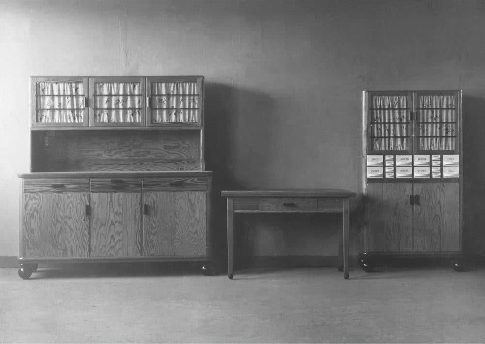 Zur Gründung Poggenpohls 1892 waren Küchen vor allem modulare Holzmöbelstücke. (Foto: Poggenpohl)