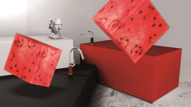 Laut, bunt, exzentrisch: Dank Spülen- und Armaturenhersteller SCHOCK kommen Küchenarmaturen 2018 wieder groß in Mode - beziehungsweise Farbe. (Foto: SCHOCK)