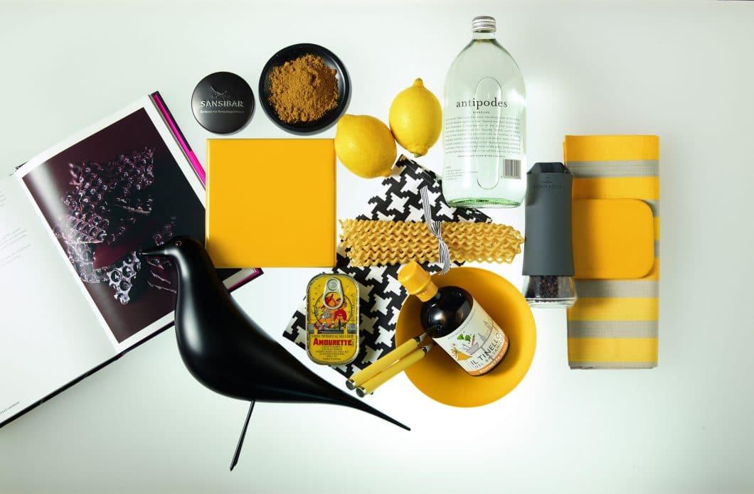 Die Natur als Inspiration: Designerin Gesa Hansen ließ sich von der individuellen Farbgebung verschiedener Küchenaccessoires zu ihren 4 Farbtönen inspirieren. (Foto: VB)