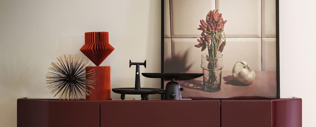 """Wie kleine Kunstwerke sehen die Objekte der """"Réaction Poétique"""" aus. Sie bilden den perfekten Übergang zum offenen Wohnraum - zwischen Skulptur und ihrer Funktion als Küchenaccessoire. (Foto: Cassina)"""