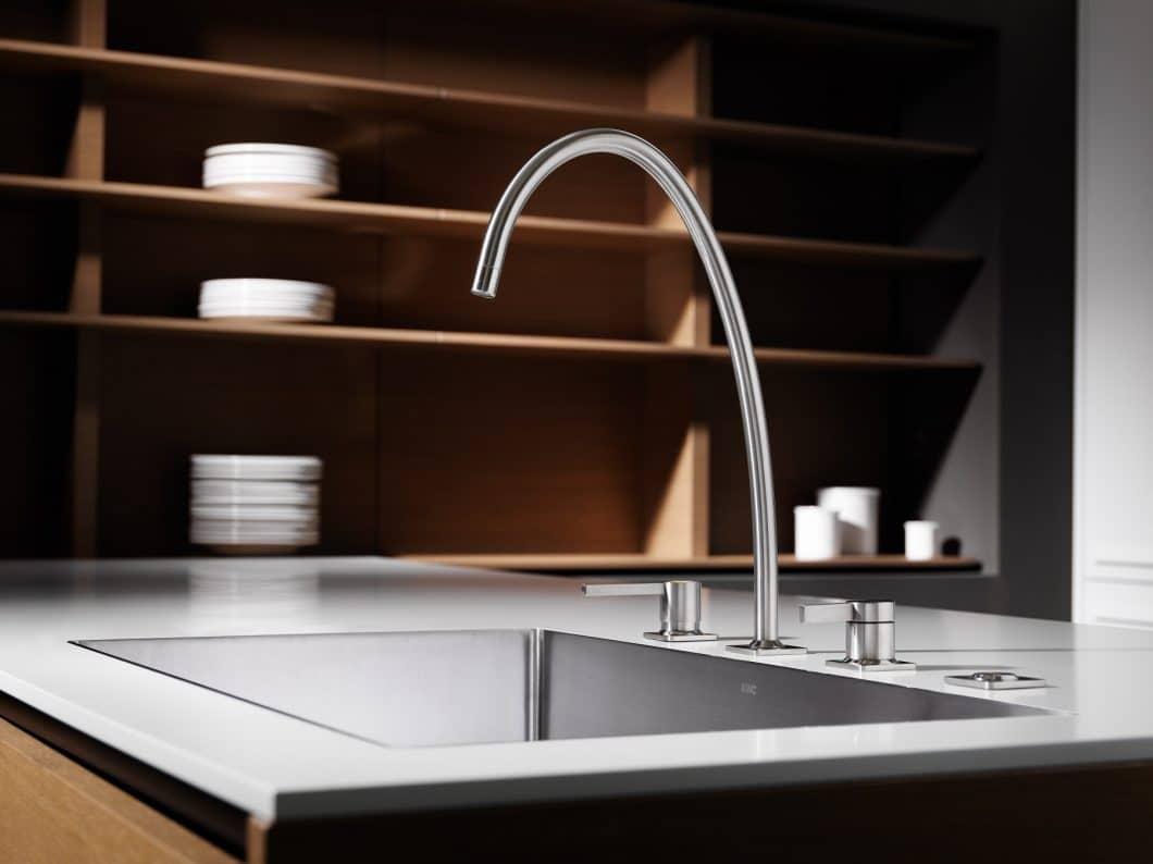 Die KWC ERA ist das neueste Produkt aus dem ehrwürdigen Schweizer Traditionsunternehmen - und zeigt, wie perfekt Premiumdesign und Funktionalität Hand in Hand gehen. (Foto: KWC)