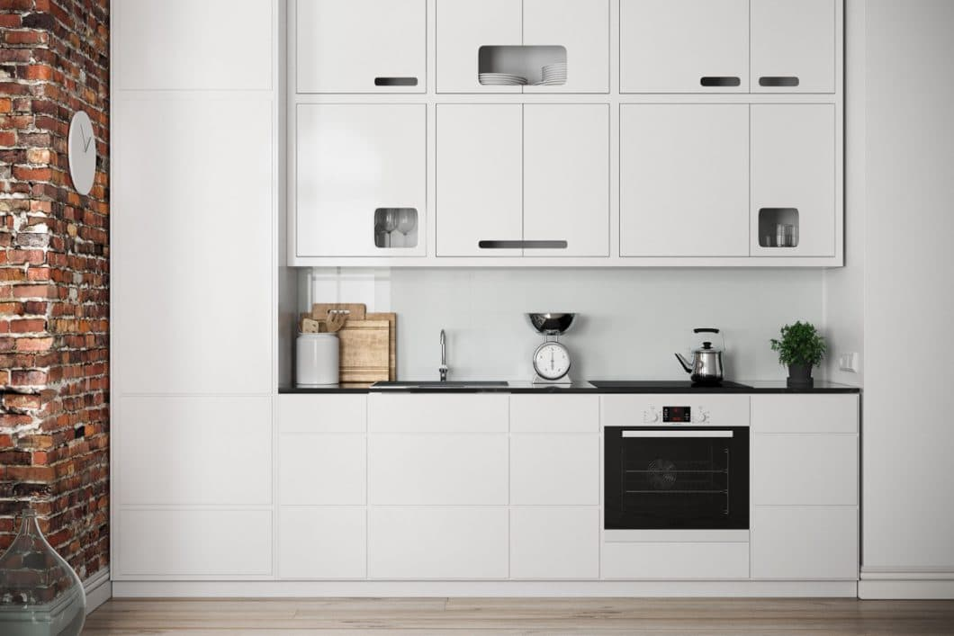 Eine minimalistische, makellose weiße Kueche, die dennoch den individuellen Stil ihres Besitzers verkörpert. Weiß muss nicht langweilig sein. (Visualizer: Filip Sapojnicov)