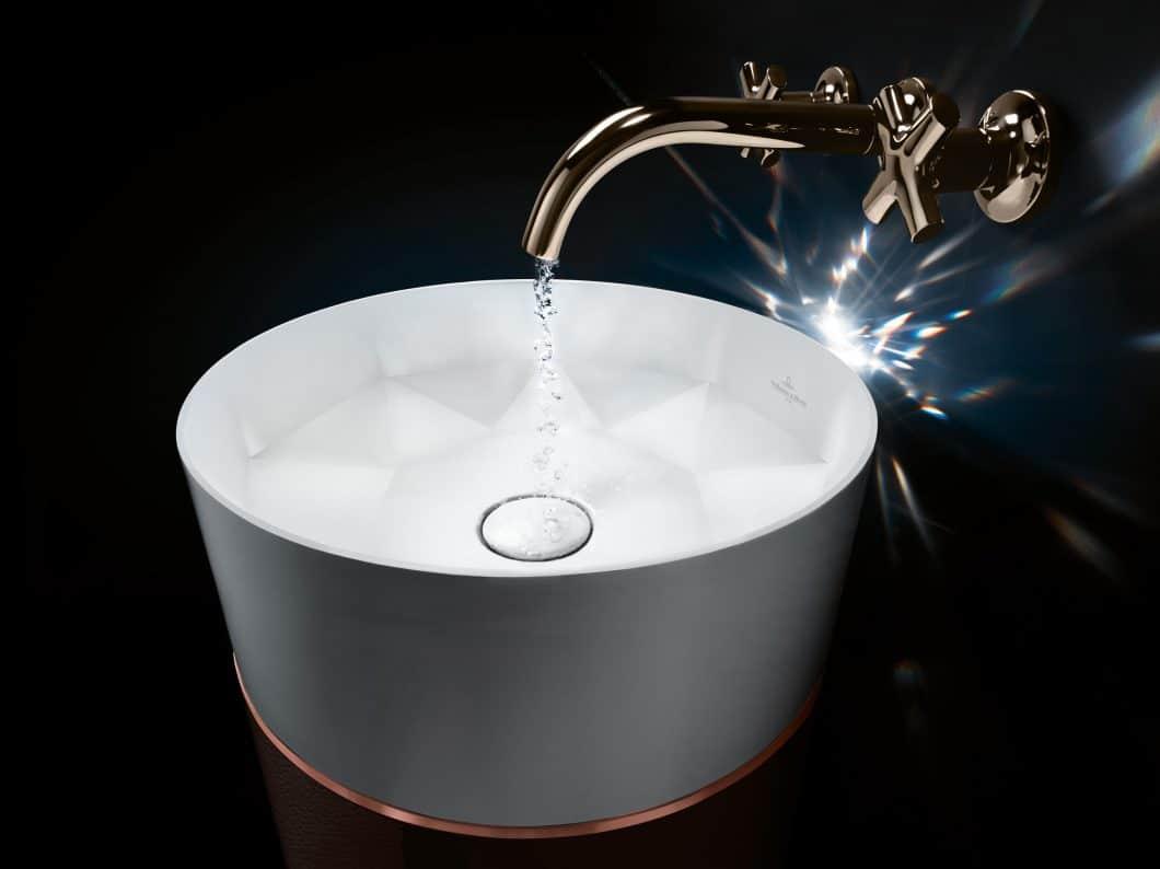 TitanCeram ermöglicht die Umsetzung feinsten Designs in Keramik - in der Küche wie auch im Bad. (Foto: Villeroy & Boch)