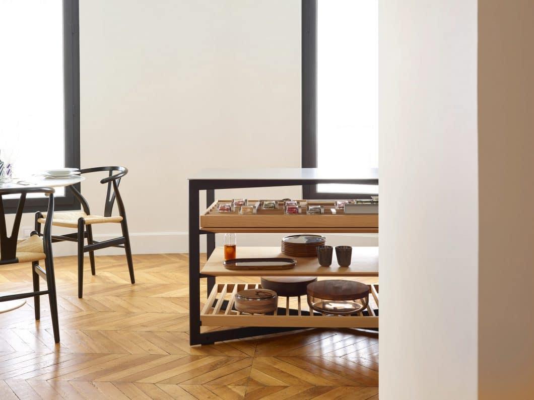 Die bulthaup b Solitaire-Serie schafft den spielerischen, fließenden Übergang zwischen Küche und Wohnen. (Foto: bulthaup)