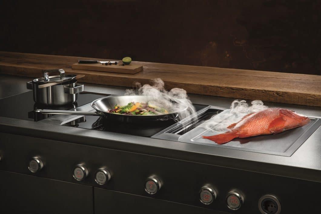 Der Kochfeldabzug von BORA Professional 2.0 verspricht nicht nur höchste Effektivität, sondern auch unglaublich puristisches, hochwertiges Design. (Foto: BORA)