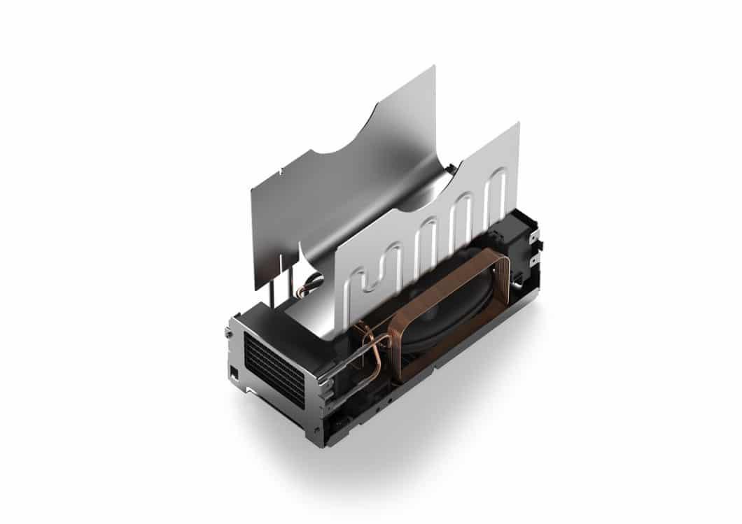 Im unteren Drittel des FreezyBoy sind ein Kühlkompressor und ein geräuscharmer Motor verbaut. Eine Vakuumisolationspaneele sorgt für die ideale Dämmung. (Foto: Fisch-, Fleisch- und Obstabfälle fangen in herkömmlichen Komposteimern schnell an, unangenehm zu riechen. Der FreezyBoy® soll dem Abhilfe schaffen mit Minustemperaturen bis zu -5°C. (Foto: AVANTYARD LTD.)
