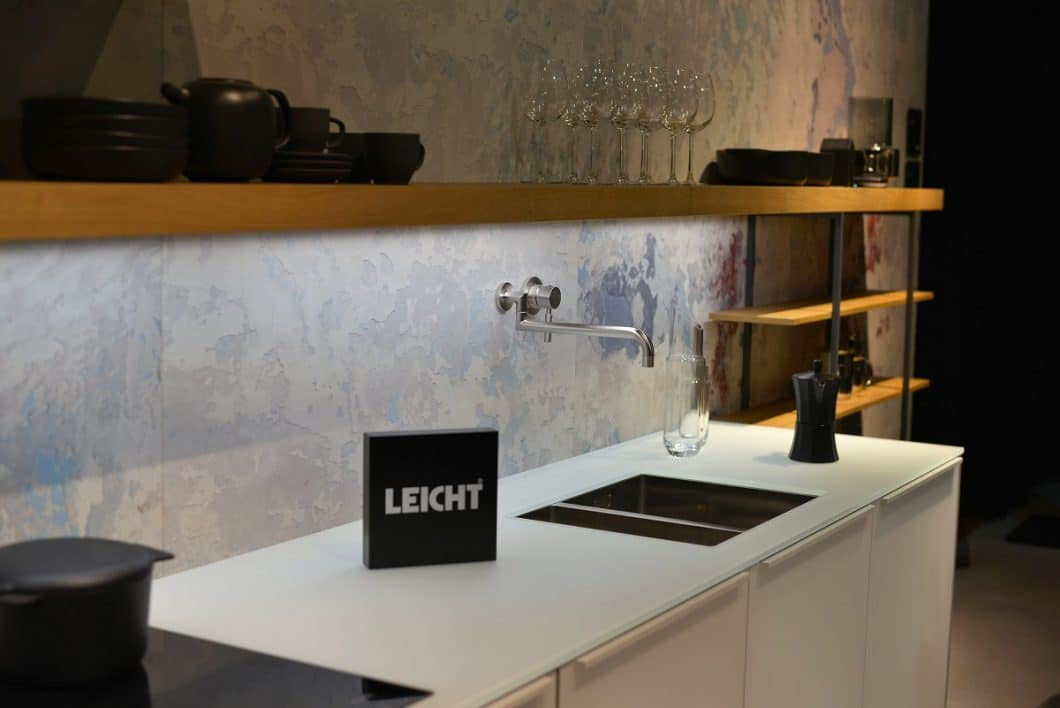 eurocucina 2018 teil 1 die neuheiten der deutschen k chenhersteller. Black Bedroom Furniture Sets. Home Design Ideas