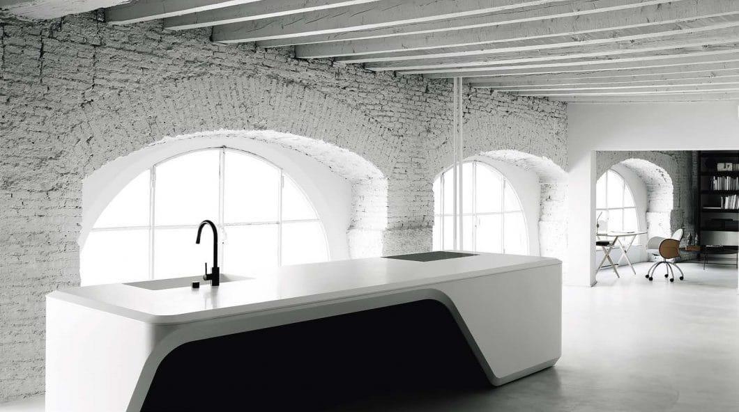 Die Boffi Cove Kitchen ist ein extravaganter, zeitloser Küchenentwurf von Stararchitektin Zaha Hadid. (Foto: Boffi)