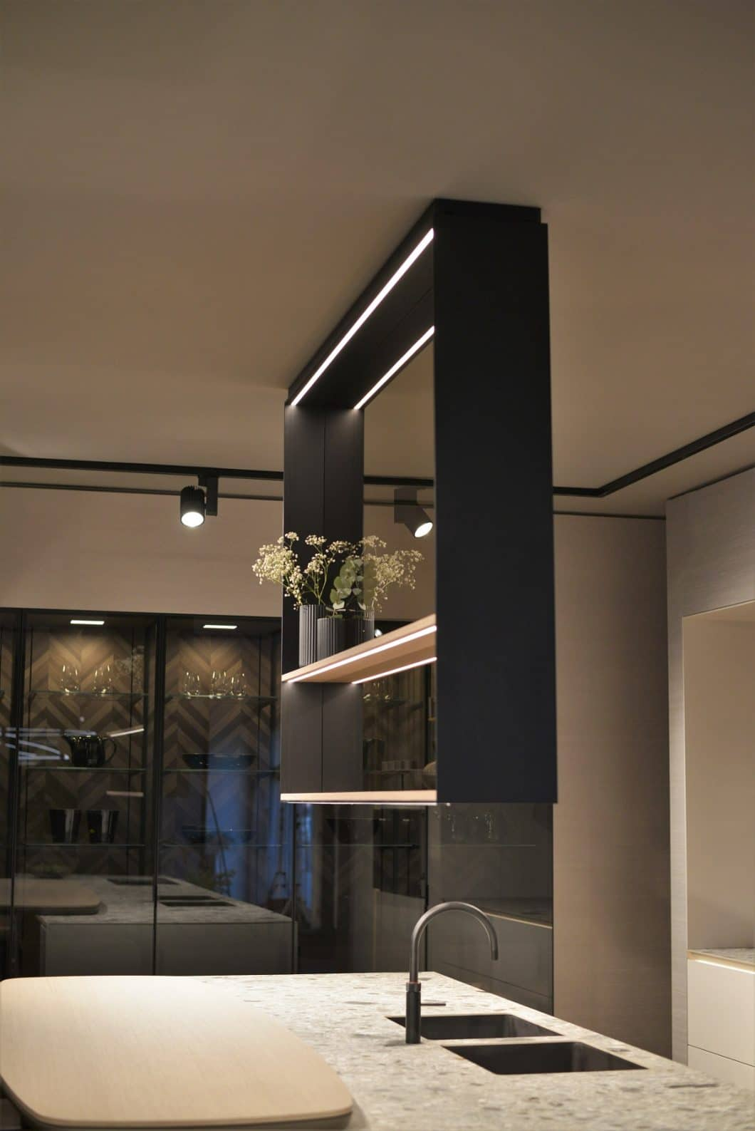 siematic die perfektion der reduktion liegt im detail. Black Bedroom Furniture Sets. Home Design Ideas