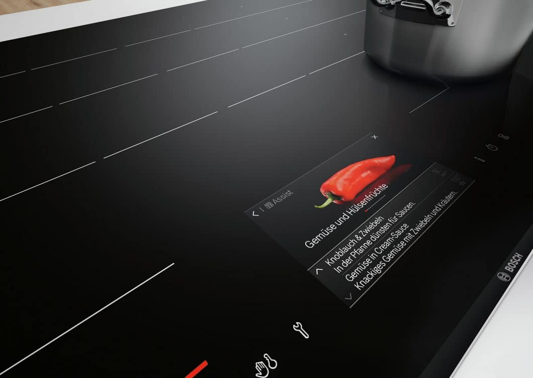 Das hochwertige Induktionskochfeld mit integriertem TFT-Display von Bosch Hausgeräte wurde für seine brillanten Farben und seine außergewöhnliche Schärfe ausgezeichnet. (Foto: Bosch)