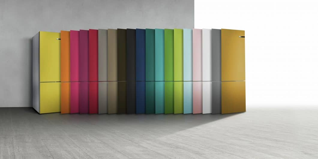 19 verschiedene Farben stehen dem Anwender als Türfront für den Bosch Vario Style-Kühlschrank zur Verfügung. Das war gleich beiden Jurys einen Award wert. (Foto: Bosch)