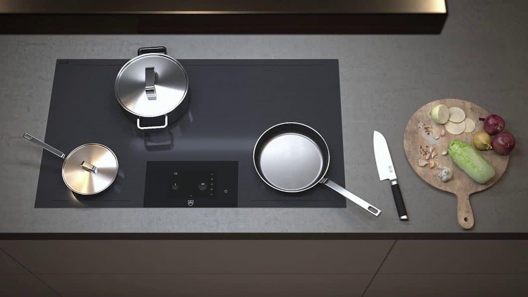 Das V-ZUG FullFlex-Kochfeld bietet Anwendern die Möglichkeit, alle Kochtöpfe und Pfannen frei wählbar auf dem Kochfeld zu platzieren. (Foto: V-ZUG)
