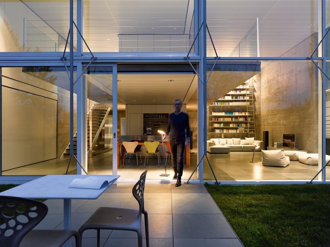 Die Idee hinter Nimbus: Leuchten, die sich überall kompromisslos hintransportieren lassen und für mehrere Stunden ein blendfreies Arbeitslicht spenden. (Foto: Nimbus Group)