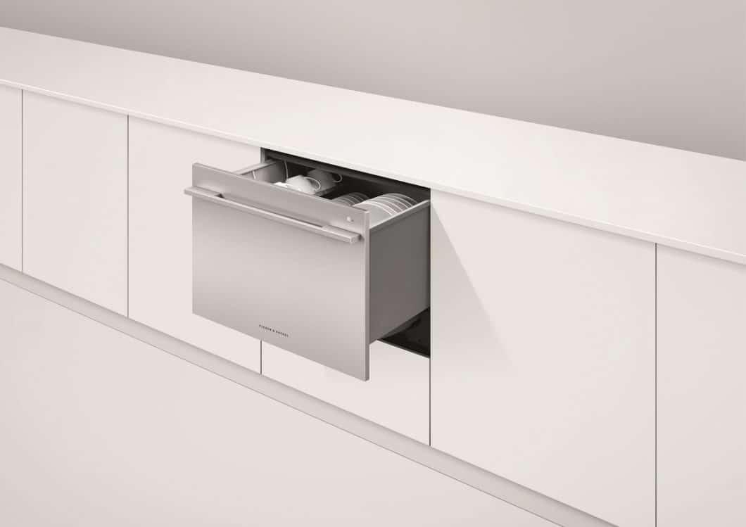 Den DoubleDish Drawer gibt es natürlich auch als einfache Version mit nur einer Schublade zum Geschirrspülen. Die optimale Ergänzung für Büros, in denen Kaffeetassen vom Morgen am Nachmittag wieder startbereit sein müssen. (Foto: Fisher & Paykel)