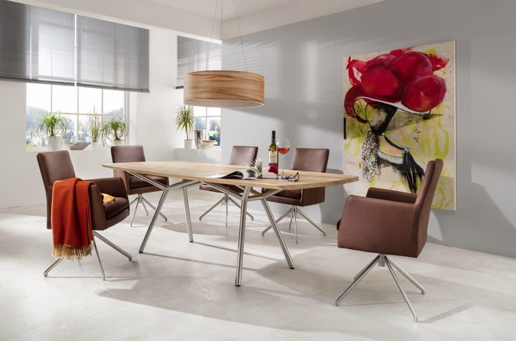 Von klassisch und elegant bis skandinavisch und klar sind die Entwürfe, die LaVida auf seiner Homepage zeigt. Kunden können Material und Farbe der Stühle individuell zusammenstellen. (Foto: LaVida)