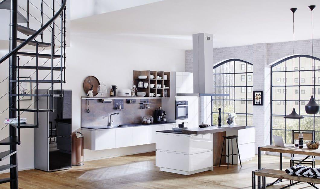 Rotpunkt ist der nette Nachbar von nebenan: zuverlässig in Qualität und Preis, langlebig und funktional - und nun auch offen für Designtrends und Küchenstile. (Foto: Rotpunkt Küchen)