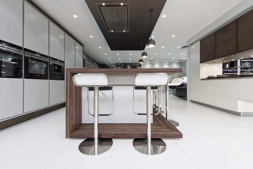 SPEKVA ist eine dänische Holzmanufaktur, die hochwertige Küchenoberflächen mit einem speziellen Verleimungssystem anbietet. (Foto: SPEKVA)