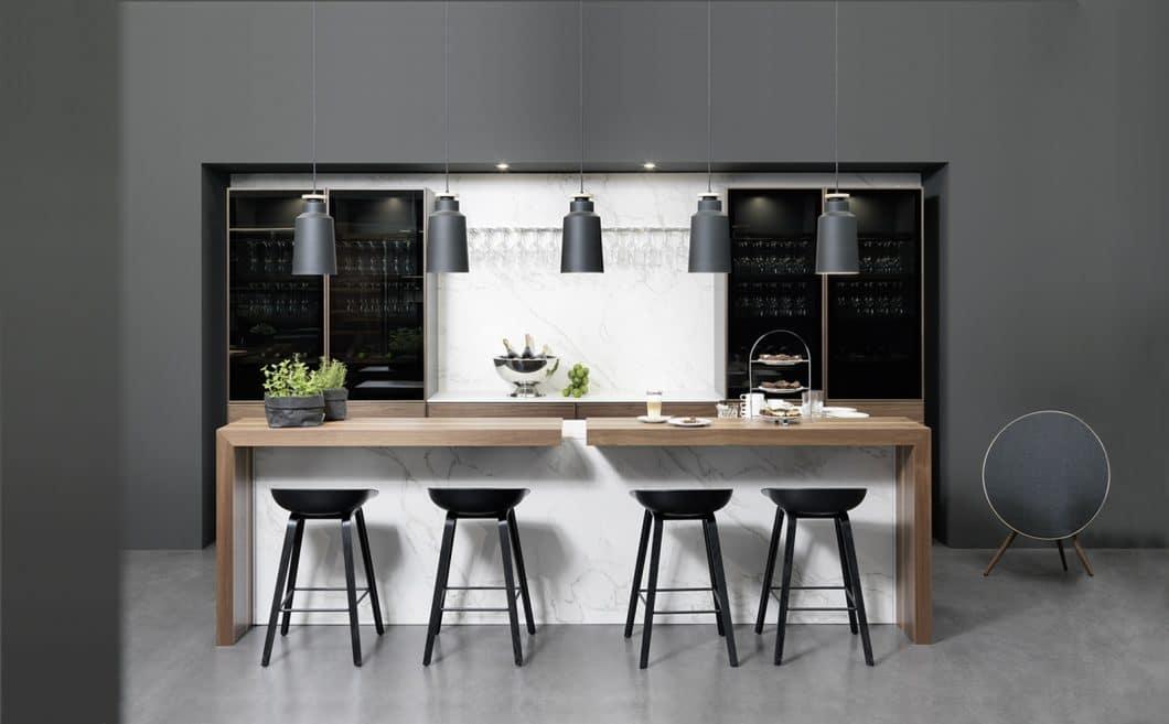 """Genuss für die Augen - und auch für die künftigen Gäste: mit der stilvollen Ausstattung von """"cadre"""" als Teil der Metropolitan-Line bietet rational einen Mix aus Küche und Bar an. (Foto: rational)"""