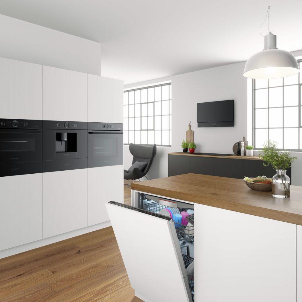 """Die Bosch """"Silence Edition"""" hält Geräte aus jedem Haushaltssegment bereit, die über einen zusätzlichen SuperSilence-Modus verfügen und somit ideal geeignet für offene Räumlichkeiten sind. (Foto: Bosch Hausgeräte / Bosch Accent Line Carbon Black)"""