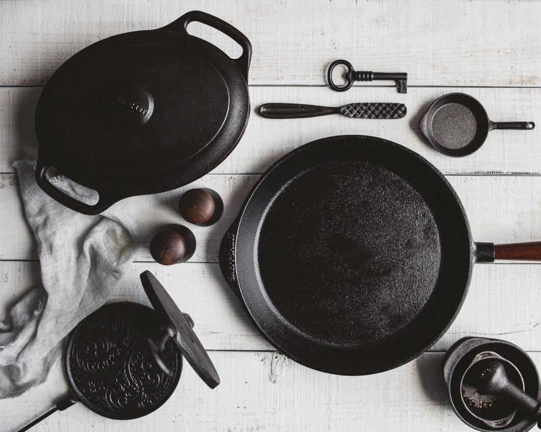 Eine kleine, schwedische Manufaktur namens Skeppshult fertigt seit 1906 hochwertiges Gusseisen-Kochgeschirr in einer aufwändigen Prozedur an. (Foto: Skeppshult)