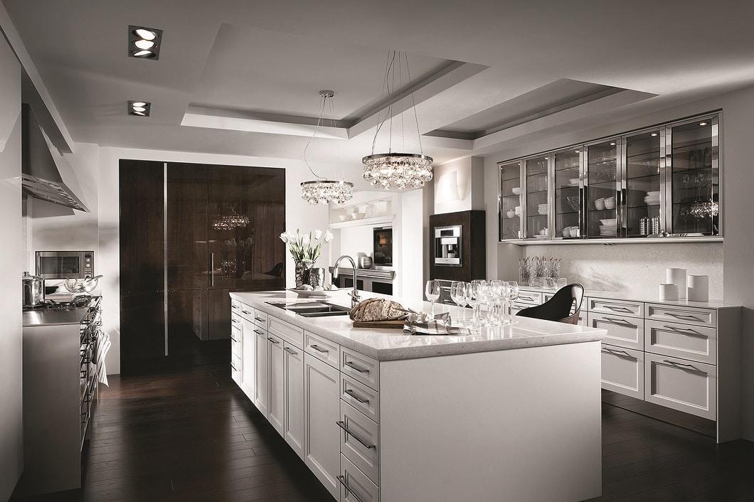 """Mit der CLASSIC-Kollektion """"BeauxArts"""" setzt der anspruchsvolle Küchenhersteller SieMatic den Landhausstil luxuriös in Szene. (Foto: SieMatic)"""