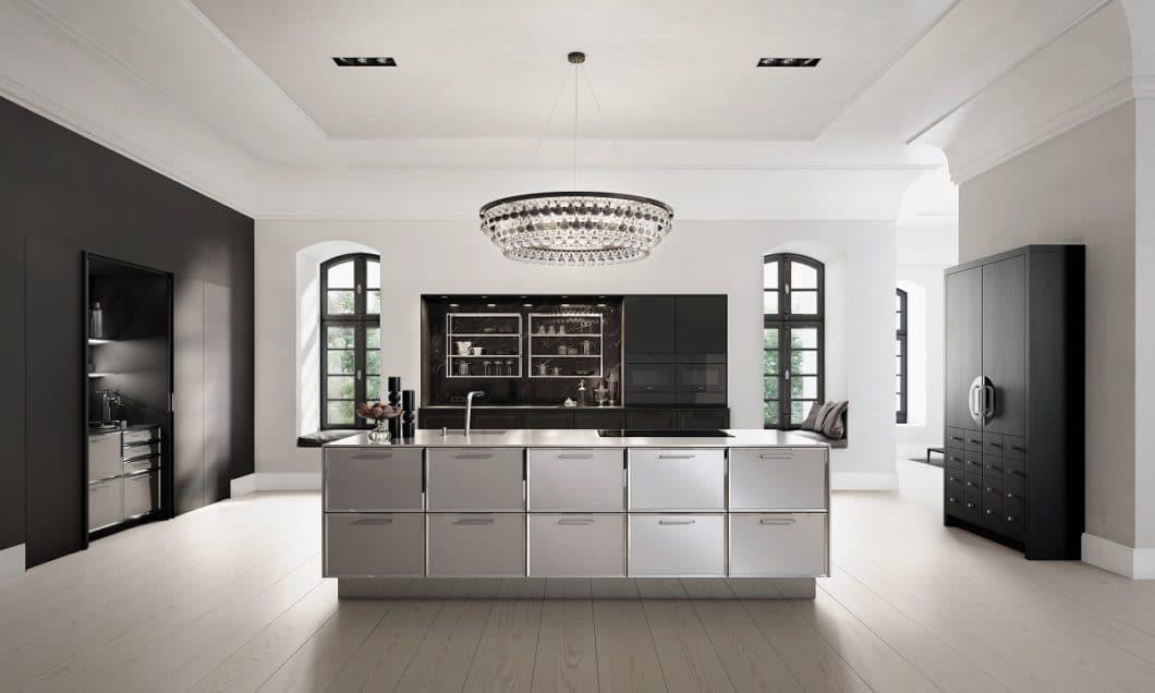 Eine stilvolle Küchenumgebung, eine persönliche Beratung und gute Beziehungen zu Lichtplanern und Architekten zeichnen diese Küchenstudios in Stuttgart aus. (Foto: SieMatic)