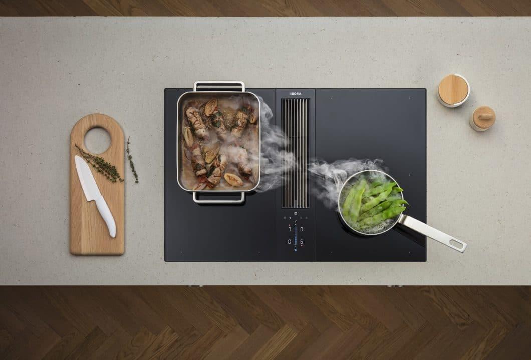 Ästhetischer Minimalismus: das re-designte BORA Classic 2.0-Kochfeld wurde Anfang 2019 begeistert von Fach- wie Kundenkreisen aufgenommen. (Foto: BORA)