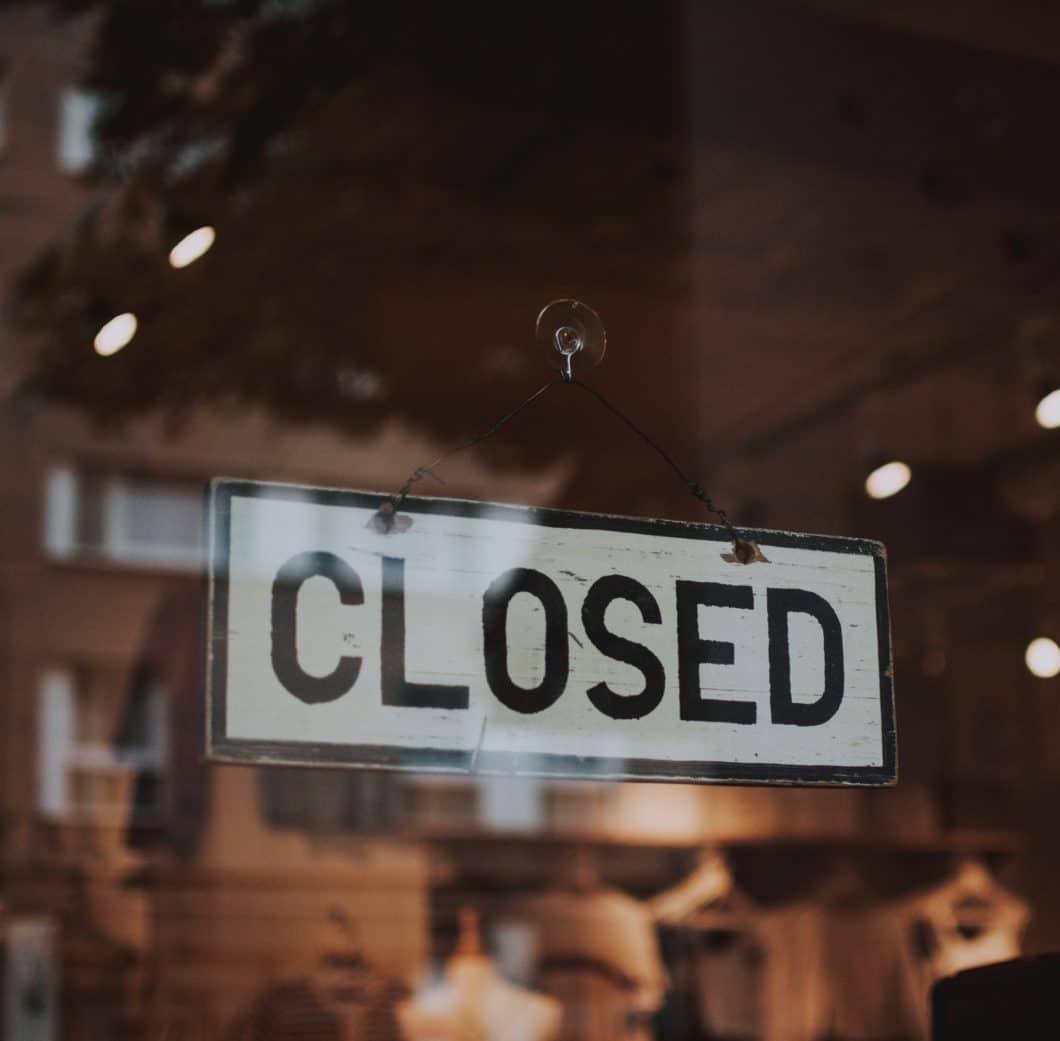 Ein ungewohnter Anblick: zumindest vorübergehend müssen Küchenstudios in ganz Österreich und (Stand 18.3.2020) einem Großteil von Deutschland ihre Showrooms geschlossen halten. (Foto: stock/fotografierende)