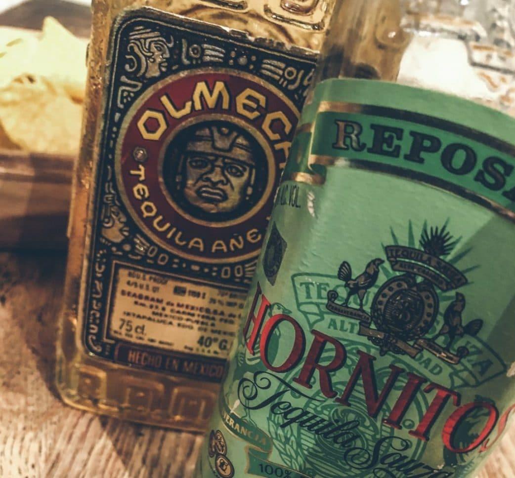 Am Entstehen dieser Ausgabe beteiligt: mexikanische Exportschlager wie Tacos und Tequila. (Foto: Thomas Neumann)